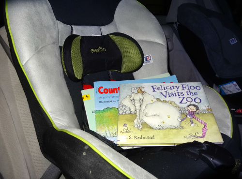 Reading in the car during summer trips from growingbookbybook.com