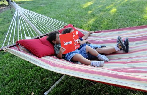 Hammocks make great reading nooks from growingbookbybook.com