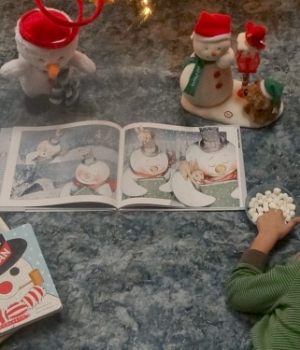 indoor snowman reading picnic is a fun reading activity for kids