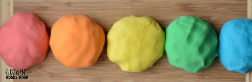 making rainbow playdough