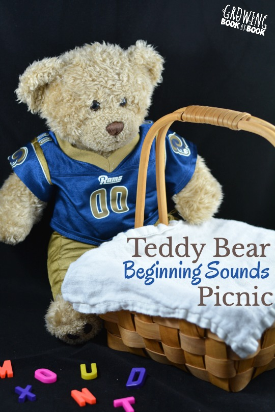 Lay the blanket and settle in for a teddy bear beginning sounds picnic to build phonological awareness!