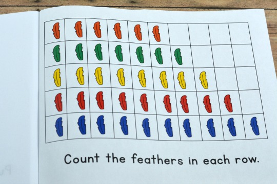 counting feathers in a free printable Thanksgiving book