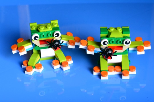 how to make Lego frogs
