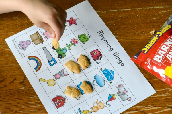 Rhyming Bingo is a great way to build phonological awareness. Perfect rhyming game to play with small groups.